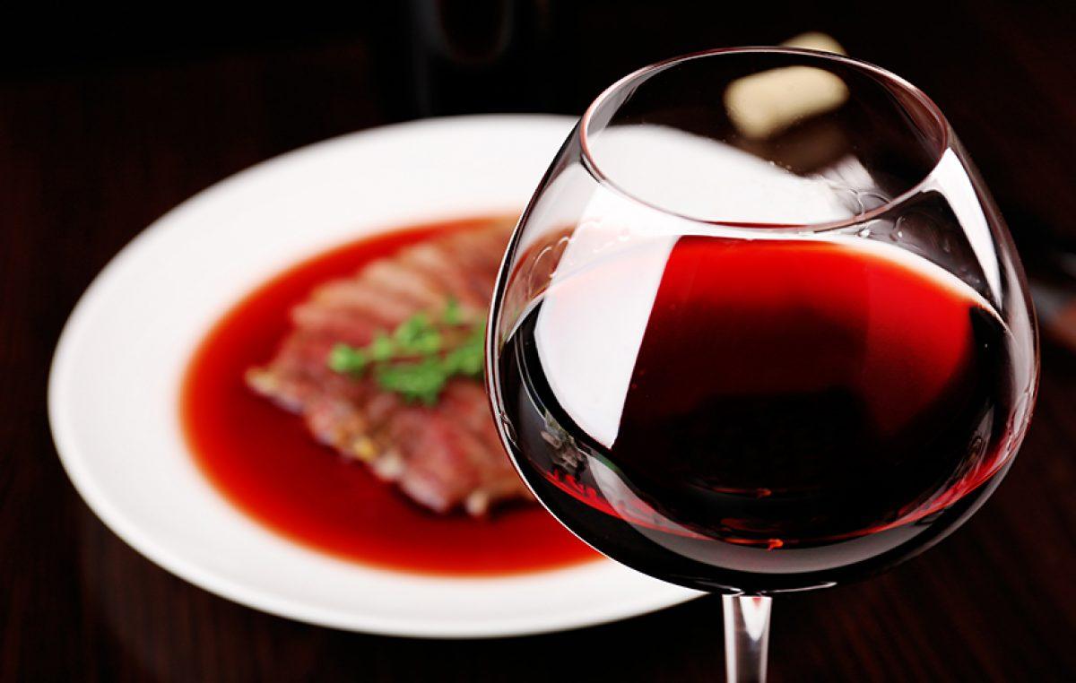 Rode wijnsaus